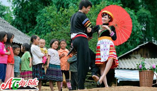 2/9/2017 Ngày hội văn hóa các dân tộc Mộc Châu có nội dung chi tiết như sau